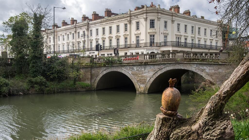 Why You Should Live in Leamington Spa!