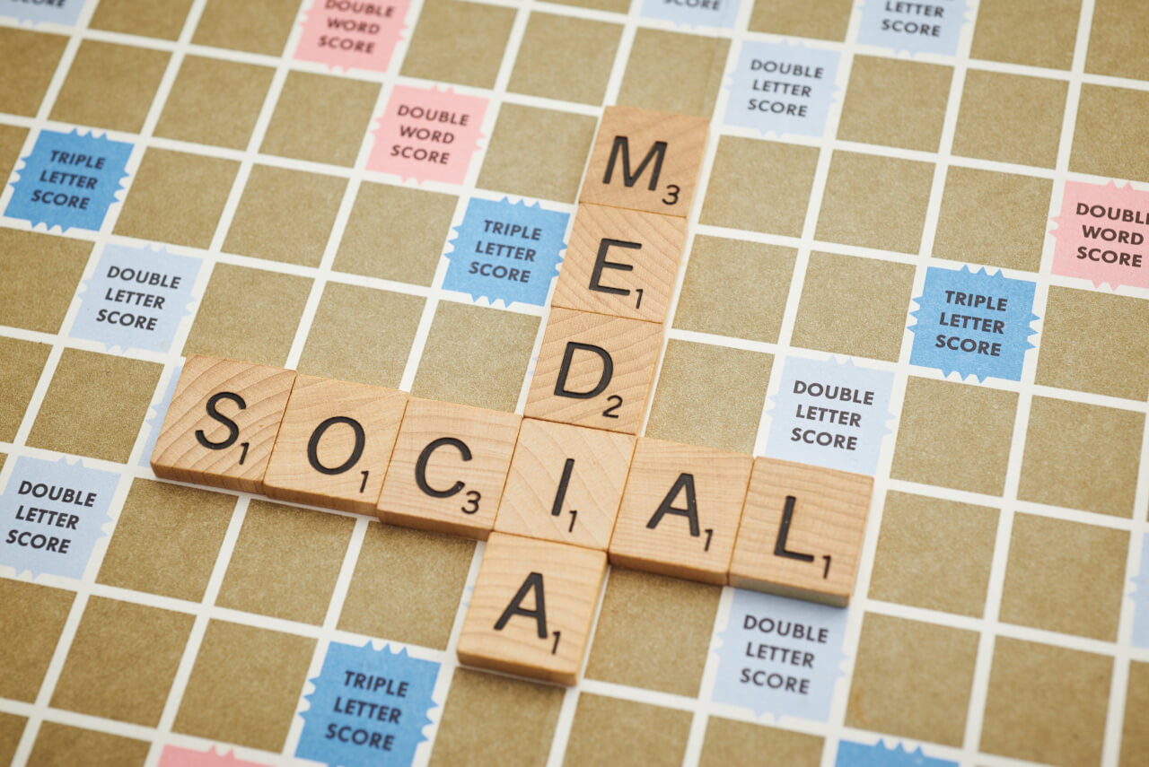 Can social media help you keep it together?